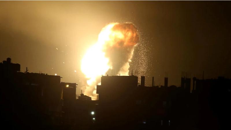 Israel không kích dải Gaza hồi tháng 10. Ảnh: REUTERS