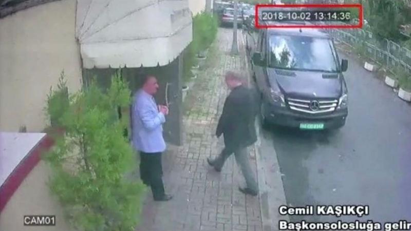 Nhà báo Khashoggi vào lãnh sự quán Saudi Arabia ở Istanbul (Thổ Nhĩ Kỳ) ngày 2-10 và bị giết ở đó. Ảnh: REUTERS