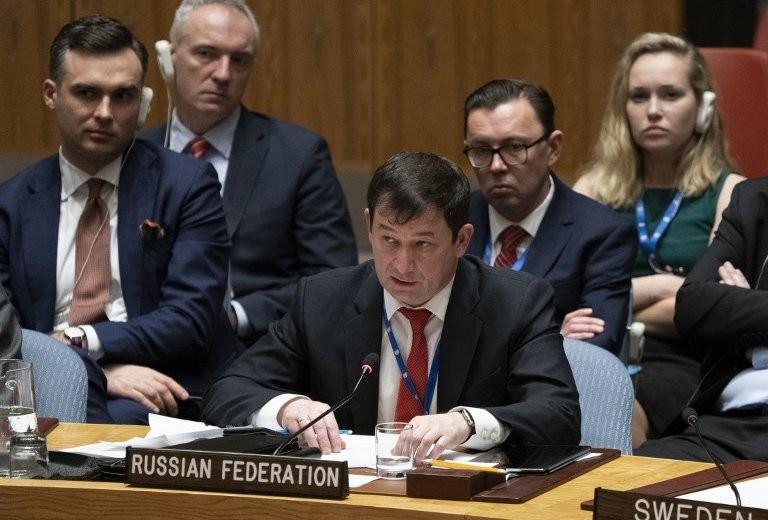 Phó Đại sứ Nga tại LHQ Dmitry Polanski trong phiên họp khẩn HĐBA ngày 26-11 ở New York (Mỹ) về việc Nga bắt tàu Ukraine. Ảnh: GETTY IMAGES