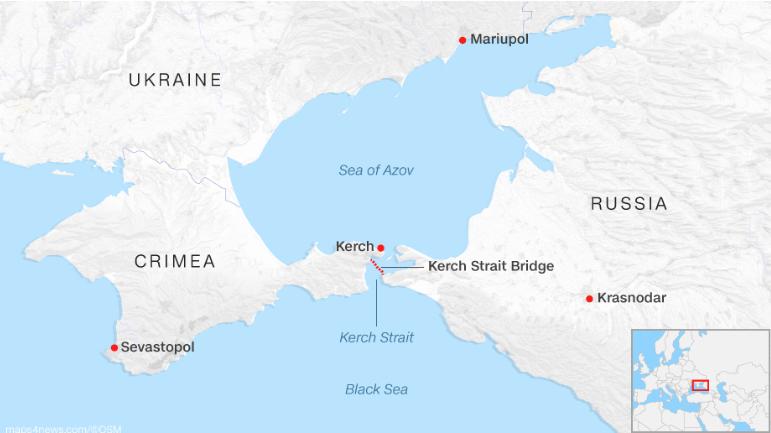 Eo biển Kerch (chấm đỏ ở giữa), nơi xảy ra sự việc Nga bắt ba tàu hải quân Ukraine. Ảnh: CNN