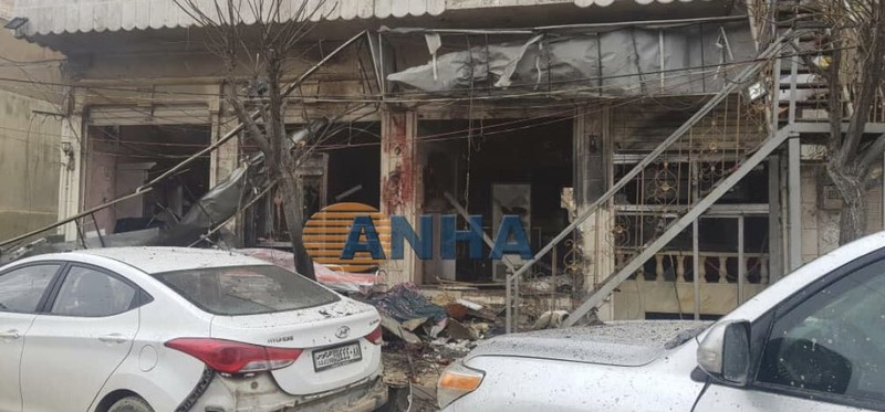 Hiện trường vụ nổ bom ở Manbij (Syria) ngày 16-1. A3nhL TWITTER