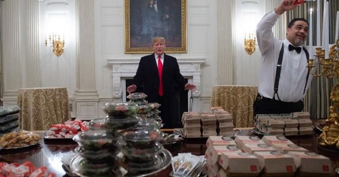 Ông Trump đãi khách đồ ăn nhanh vì bếp Nhà Trắng nghỉ làm  - ảnh 3