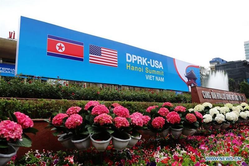 Trang hoàng các địa điểm quan trọng đón thượng đỉnh Mỹ-Triều. Ảnh: THX