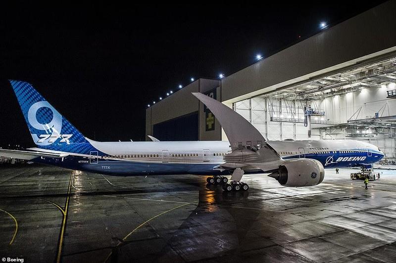 Boeing âm thầm ra mắt máy bay chở khách dài nhất thế giới - ảnh 4