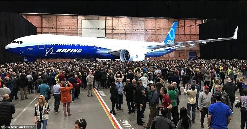 Boeing âm thầm ra mắt máy bay chở khách dài nhất thế giới - ảnh 2