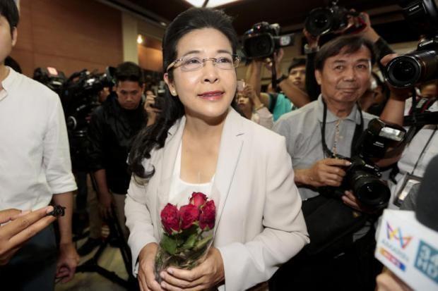 Bà Sudarat Keyuraphan - lãnh đạo đảng Pheu Thai nói đảng nào giành được nhiều ghế nhất trong Hạ viện sẽ được quyền đứng ra thành lập chính phủ. Ảnh: BANGKOK POST