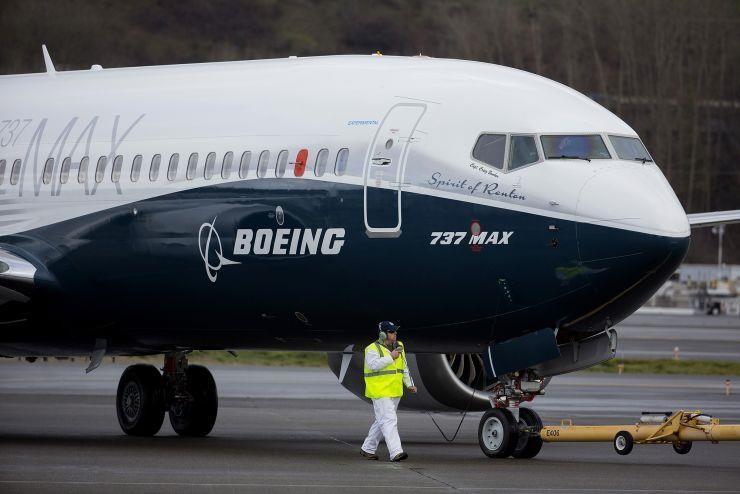 Một chiếc Boeing 737 MAX 8 đậu tại sân bay quốc tế King County ở Seattle, bang Washington (Mỹ). Ảnh: GETTY IMAGES