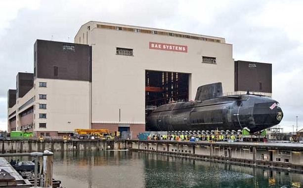 Cảnh báo bom trên tàu ngầm hạt nhân, toàn bộ nhân viên sơ tán - ảnh 1