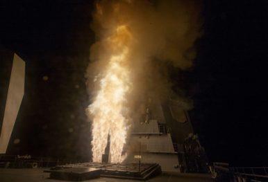 Tên lửa SM-3 Block IB được phòng từ tàu khu trục JS ATAGO ở Haiwaii ngày 12-9-2018. Ảnh: THE DIPLOMAT