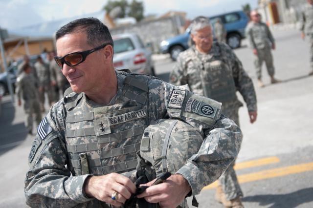 Tướng Mỹ: Đối thoại quân sự, chuyện phải làm giữa Mỹ và Nga - ảnh 1