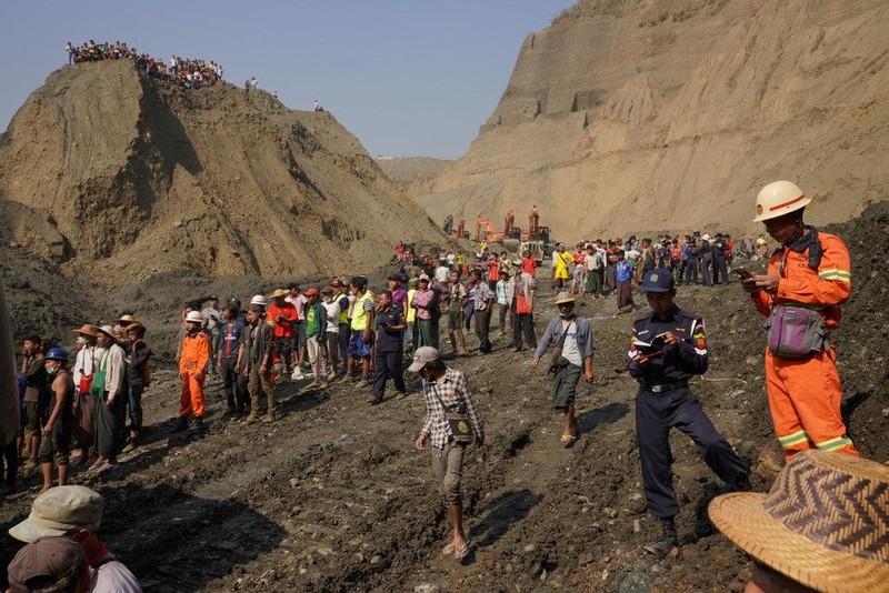 Myanmar: Sập mỏ ngọc bích, 54 người có thể đã chết - ảnh 1