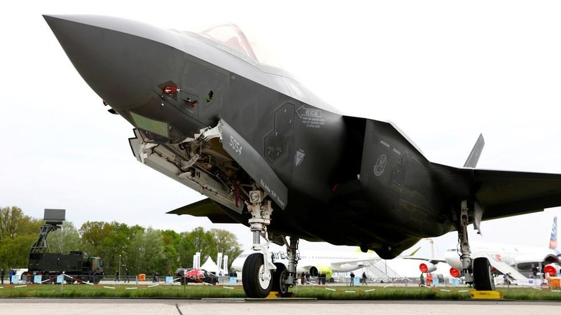 Tiêm kích tàng hình đa năng F-35 do tập đoàn Lockheed Martin sản xuất. Ảnh: REUTERS