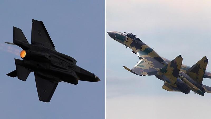 F-35 của Mỹ (trái) và Su-35 của Nga (phải). Ảnh: REUTERS