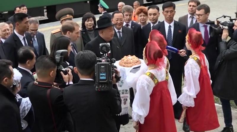 Gặp ông Putin là phép thử khả năng ngoại giao của ông Kim - ảnh 4