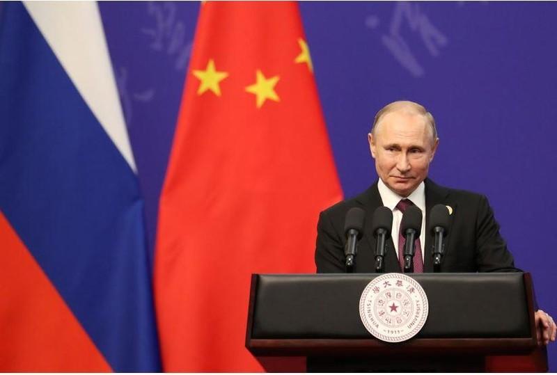 Ông Putin nói định cấp hộ chiếu cho tất cả công dân Ukraine - ảnh 1