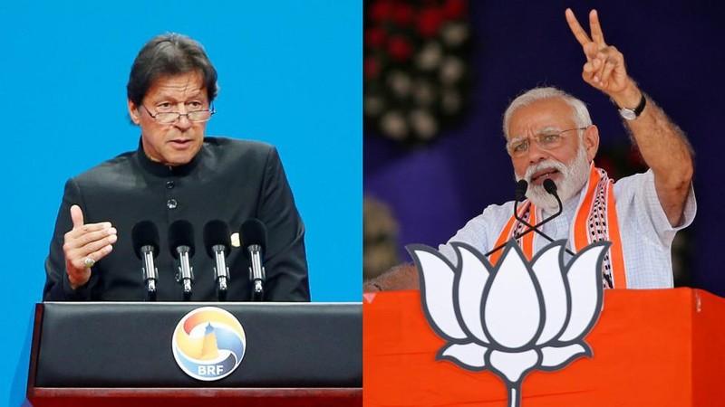 Thủ tướng Pakistan Imran Khan (trái) và Thủ tướng Ấn Độ Nerenda Modo (phải). Ảnh: REUTERS