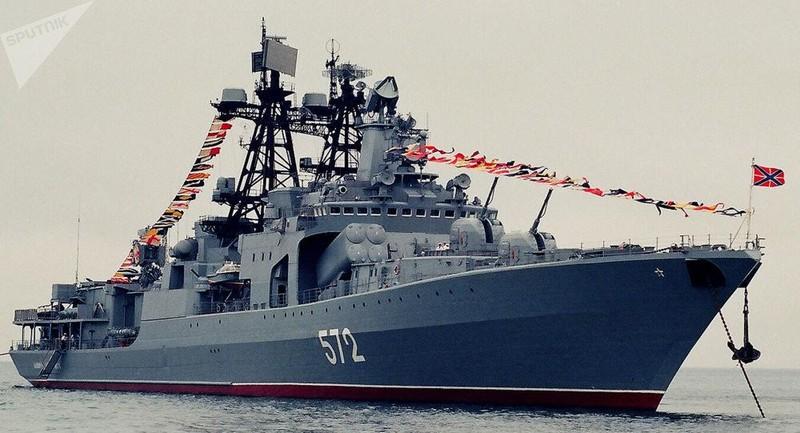 Tàu khu trục tên lửa Đô đốc Vinogradov lớp Udaloy của Nga. Ảnh: SPUTNIK