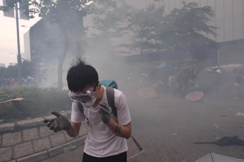 Cảnh sát Hong Kong tuyên bố 'tình trạng bạo động' - ảnh 11