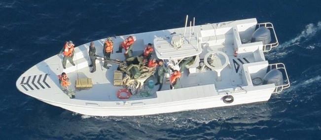 Mỹ công bố hình ảnh mới 'chứng minh' Iran tấn công tàu dầu - ảnh 2