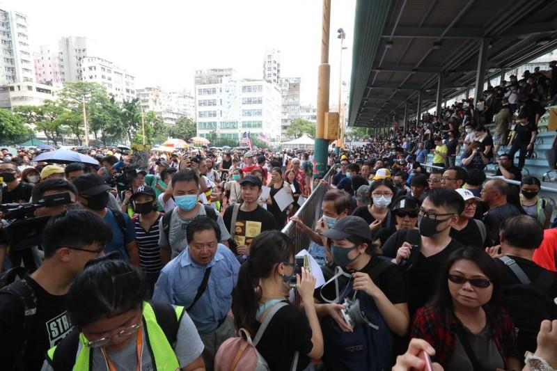 Biểu tình tại Hong Kong ngày 11-8. Ảnh: SCMP
