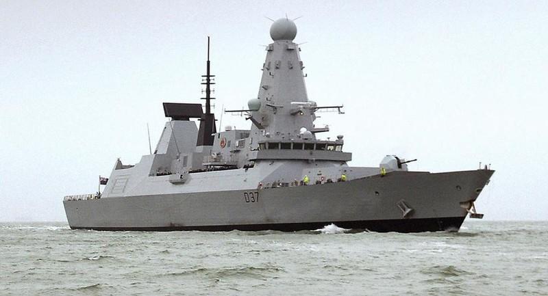 Tàu chiến HMS Duncan của Anh đã và đang hoạt động ở khu vực vịnh Ba Tư. Ảnh: AP
