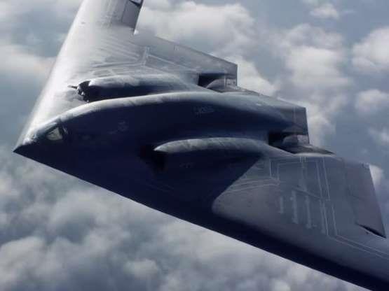 Máy bay ném bom tàng hình hạt nhân B-2 Spirit của không quân Mỹ. Ảnh: MSN