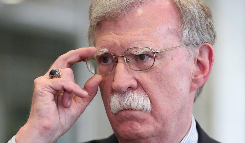 Cố vấn an ninh quốc gia Mỹ John Bolton cáo buộc Trung Quốc ăn cắp công nghệ tiêm kích tàng hình đa năng F-35. Ảnh: EPA