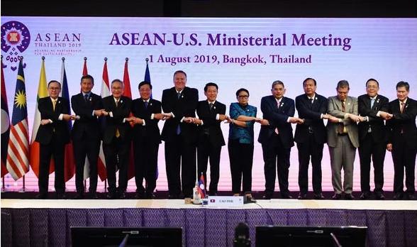 Philippines nói vẫn không từ bỏ theo đuổi tìm kiếm sự ủng hộ với phán quyết ở mọi diễn đàn. Ảnh: GETTY IMAGES
