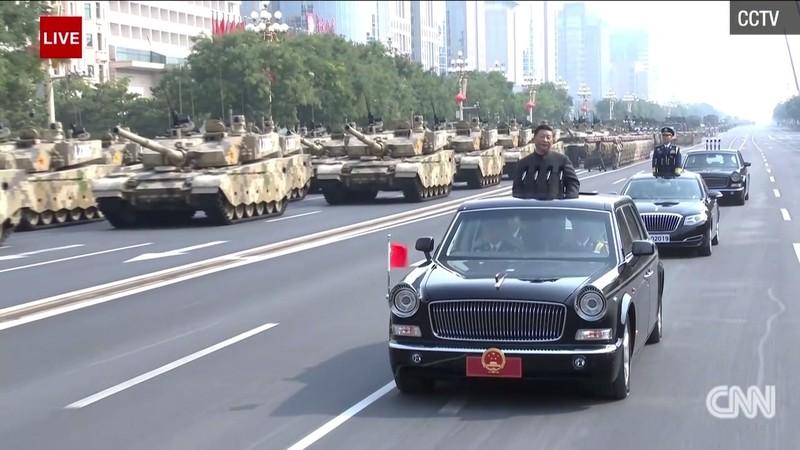 Trung Quốc đã bắt đầu lễ diễu binh sau bài phát biểu của Chủ tịch Tập Cận Bình. Ảnh: CNN