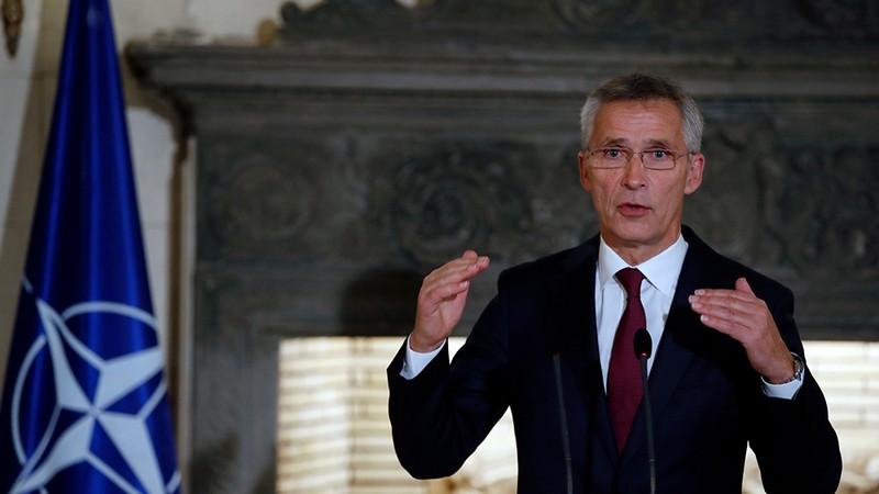 Tổng Thư ký NATO Jens Stoltenberg hy vọng Thổ Nhĩ Kỳ kiềm chế trong chiến dịch đánh lực lượng người Kurd ở Syria. Ảnh: AP