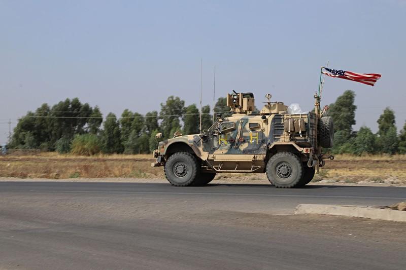 Xe quân sự của Mỹ đến tỉnh Dahuk (khu vực người Kurd quản lý) ở Iraq ngày 21-10. Ảnh: AP