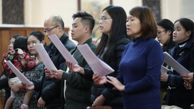 Ở phía đông London có một cộng đồng lớn người Việt Nam theo đạo Công giáo. Ảnh: PA MEDIA