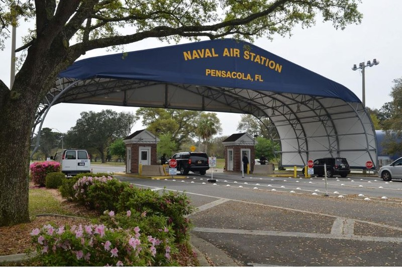 Cổng chính căn cứ hải quân Pensacola ở bang Florida (Mỹ). Ảnh: US NAVY