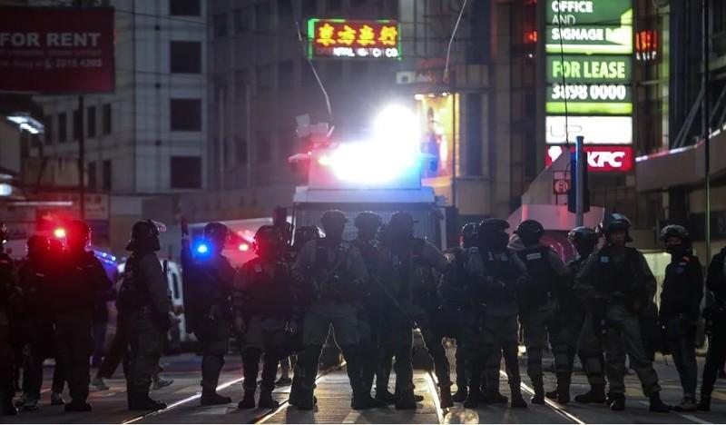 Cuộc biểu tình ngày 8-12 diễn ra chủ yếu hòa bình. Ảnh: SCMP