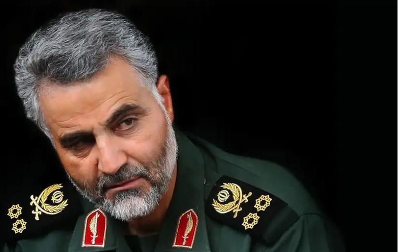 Telegraph mô tả Tướng Soleimani là người rất có sức hút, dù trầm tĩnh và ít nói. Ảnh: JP