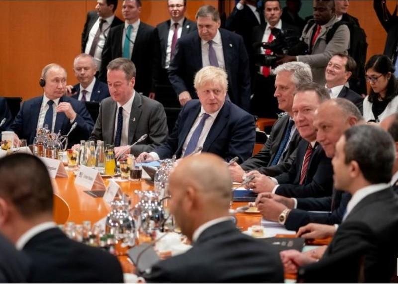 Ngoại trưởng Mỹ Mike Pompeo (giữa) cũng có mặt trong hội nghị bàn về Libya với các lãnh đạo thế giới, tại Berlin (Đức) ngày 19-1. Ảnh: KREMLIN.RU