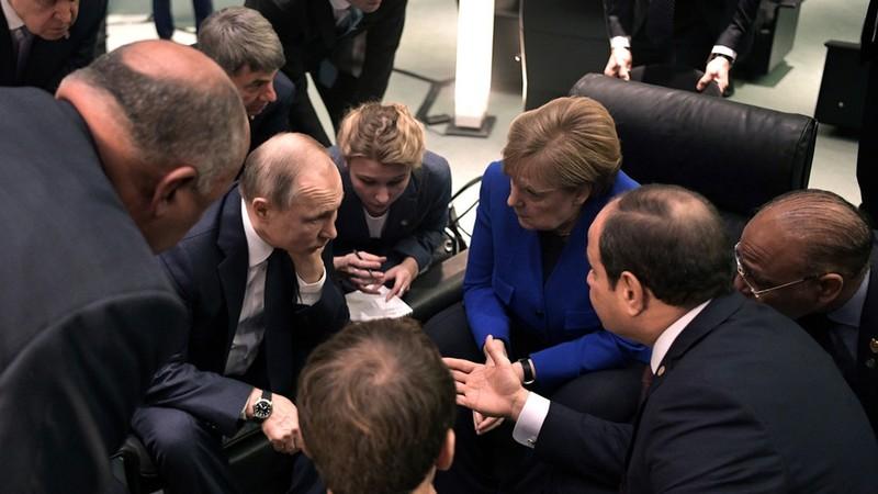 Nhóm lãnh đạo thế giới họp bàn về Libya, tại Berlin (Đức) ngày 19-1. Ảnh: KREMLIN.RU