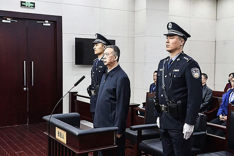 Ông Mạnh Hoành Vĩ bị tuyên án 13 năm rưỡi tù ngày 21-1. Ảnh: AFP