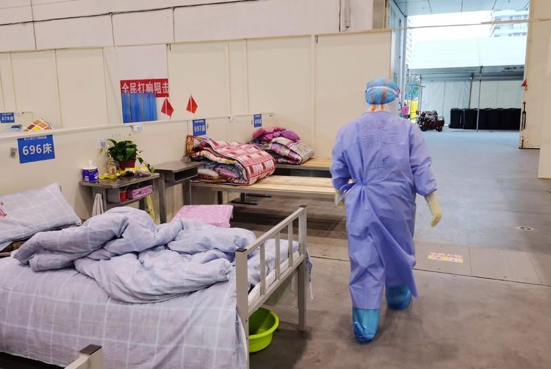 COVID-19 Trung Quốc: Nhiễm mới chỉ 19, lại lo nhiễm nhập cảnh - ảnh 2