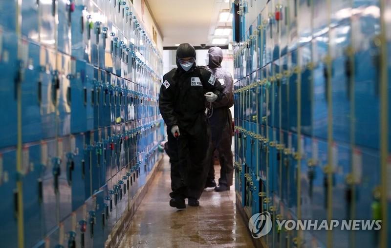 COVID-19 châu Á: Đông Bắc Á giảm, Đông Nam Á xấu đáng ngại - ảnh 2