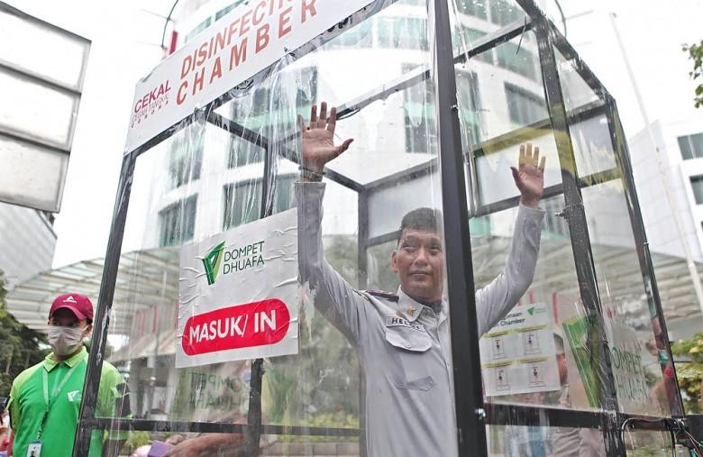 COVID-19 ĐNA: Chết nhiều, Indonesia tính vay tiền chống dịch - ảnh 4
