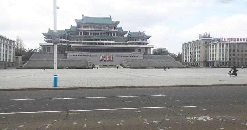 Nghị sĩ Nga trao đổi với đại sứ Triều Tiên về sức khỏe ông Kim - ảnh 3