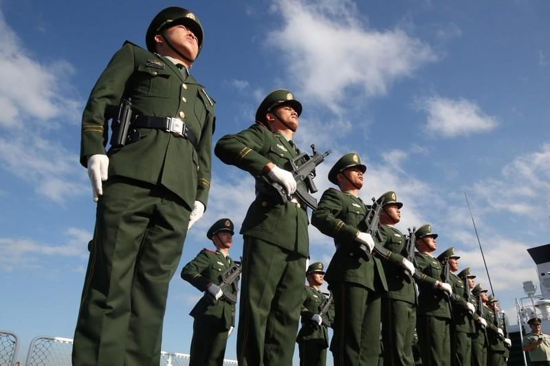 Trung Quốc sửa luật củng cố sức mạnh vũ cảnh và tuần duyên - ảnh 1