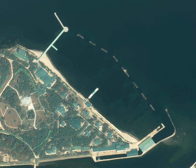 Loạt ảnh vệ tinh củng cố khả năng ông Kim đang ở Wonsan - ảnh 2