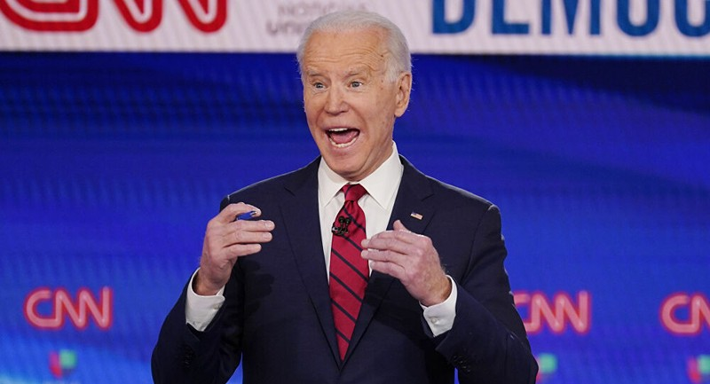 Nhiều cử tri muốn Dân chủ thay ông Biden sau cáo buộc tình dục - ảnh 1