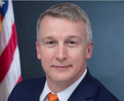 Mỹ: Kiện đòi phục chức sau khi bị sa thải vì cảnh báo COVID-19 - ảnh 1