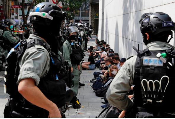 Hong Kong: Mỹ rút quy chế đặc biệt là 'con dao hai lưỡi' - ảnh 1