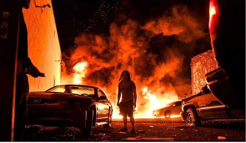 Người da màu chết: Cả nước sục sôi, Mỹ báo động 800 quân cảnh - ảnh 2