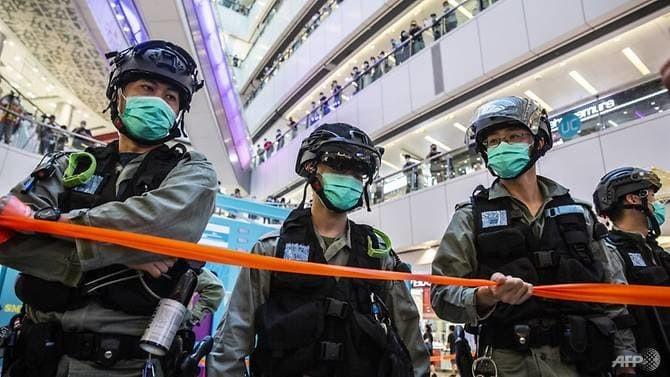 Cảnh sát Hong Kong có thể khám nhà dân không cần lệnh - ảnh 1