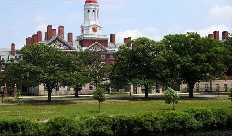 Mỹ bỏ quy định trục xuất du học sinh học trực tuyến - ảnh 1